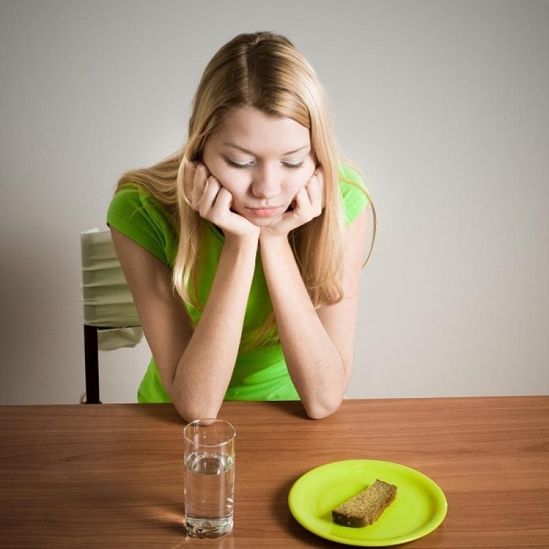 Dieta hipocalorica si hipoglucida