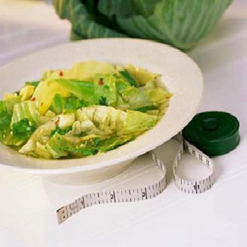 Dieta cu supa de varza topeste 7 kilograme in 7 zile